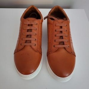 Vince Camuto Grafte unisex sneakers NWOB